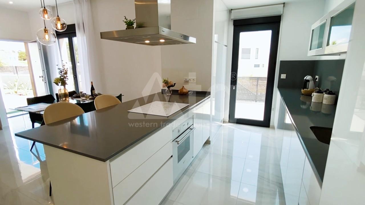 3 bedroom Apartment in Torrevieja  - ERF115841 - 10