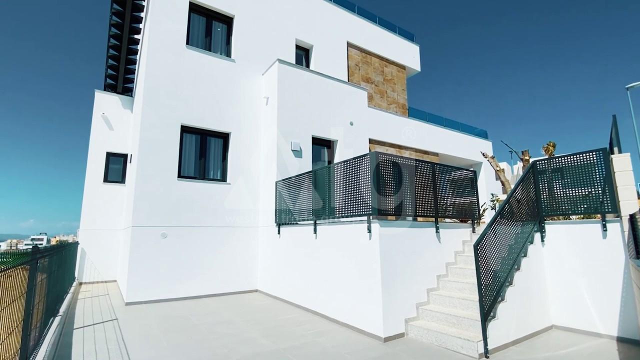 3 bedroom Apartment in Torrevieja  - ERF115841 - 17