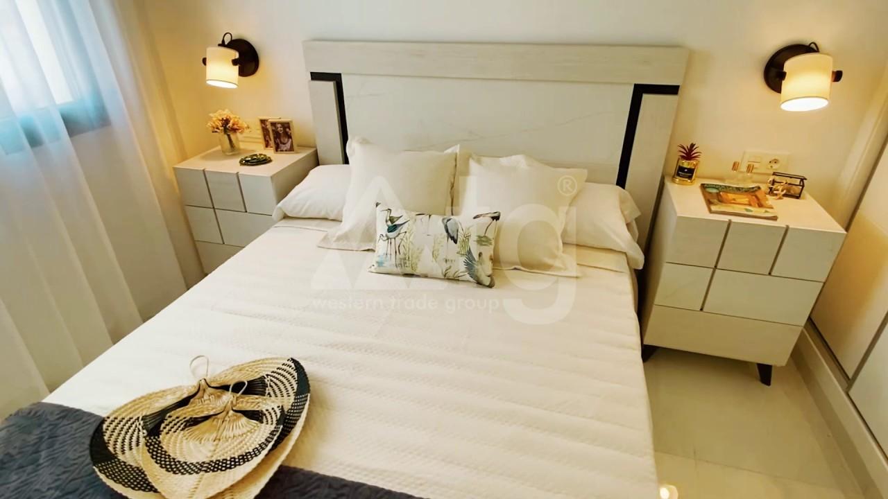 3 bedroom Apartment in Torrevieja  - ERF115841 - 8
