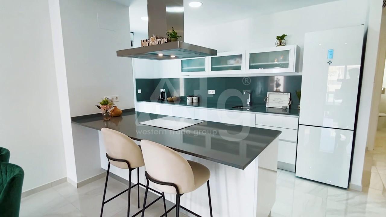 3 bedroom Apartment in Torrevieja  - ERF115841 - 9