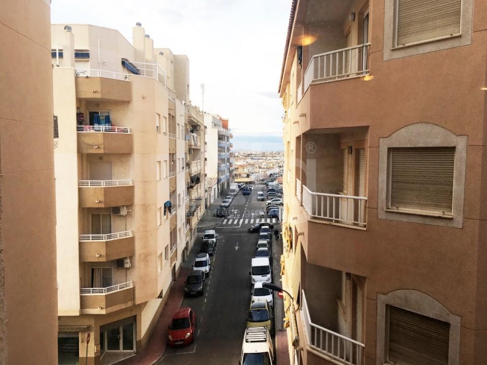 2 bedroom Apartment in Torrevieja - W8213 - 13