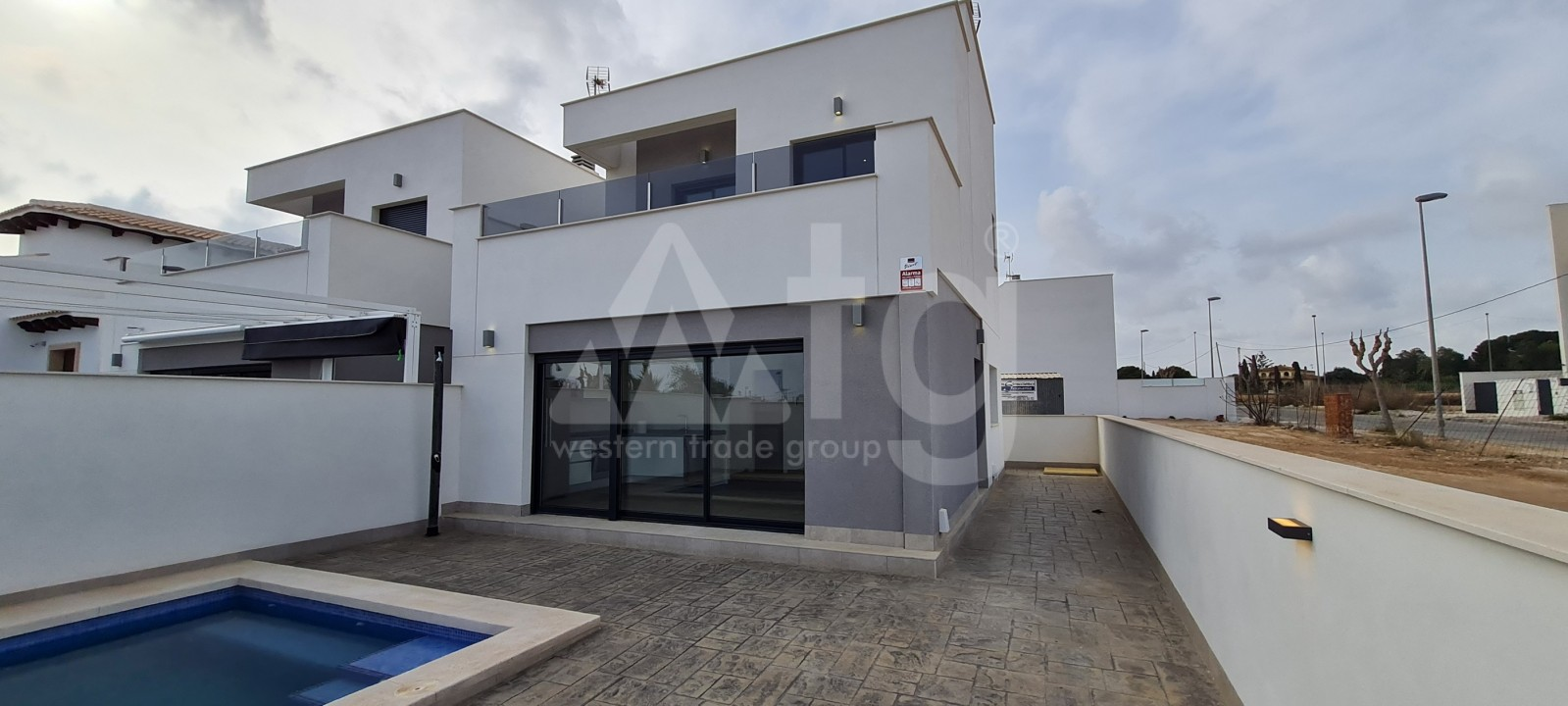 2 bedroom Apartment in Torrevieja  - AG4178 - 1