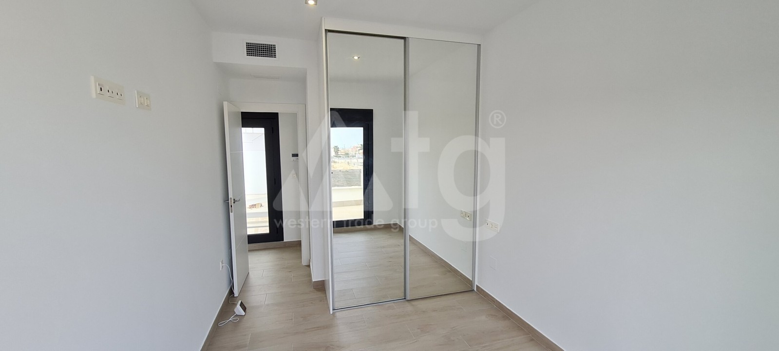 2 bedroom Apartment in Torrevieja  - AG4178 - 7