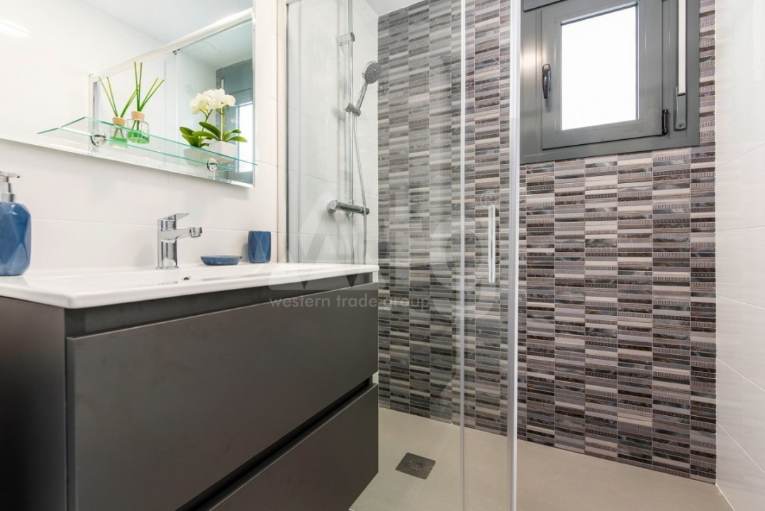 2 bedroom Apartment in Villajoyosa  - QUA8616 - 13