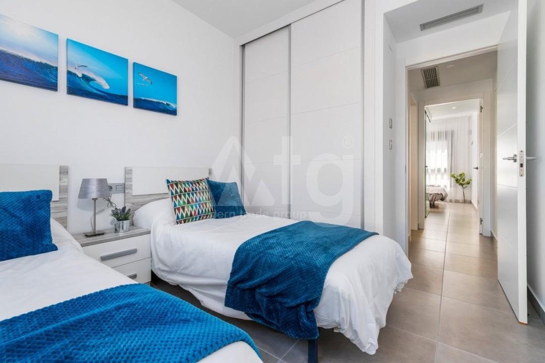 2 bedroom Apartment in Villajoyosa  - QUA8616 - 15