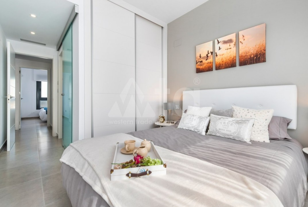 2 bedroom Apartment in Villajoyosa  - QUA8616 - 16