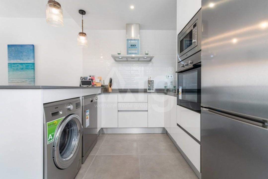 2 bedroom Apartment in Villajoyosa  - QUA8616 - 4