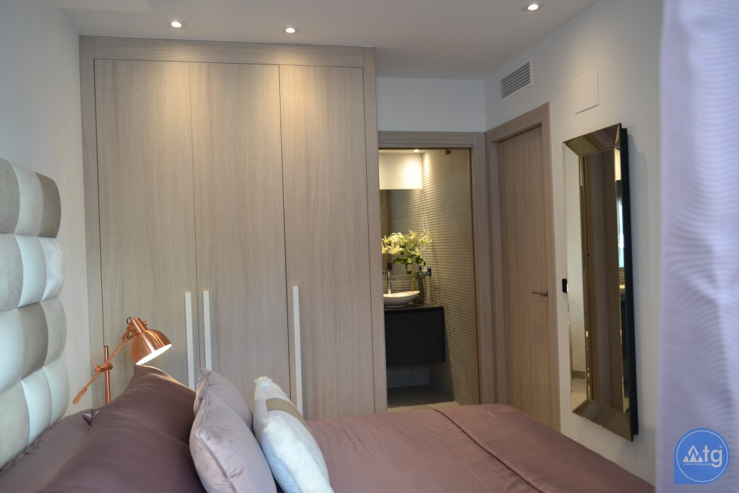 2 bedroom Apartment in Villamartin  - TRI114865 - 15