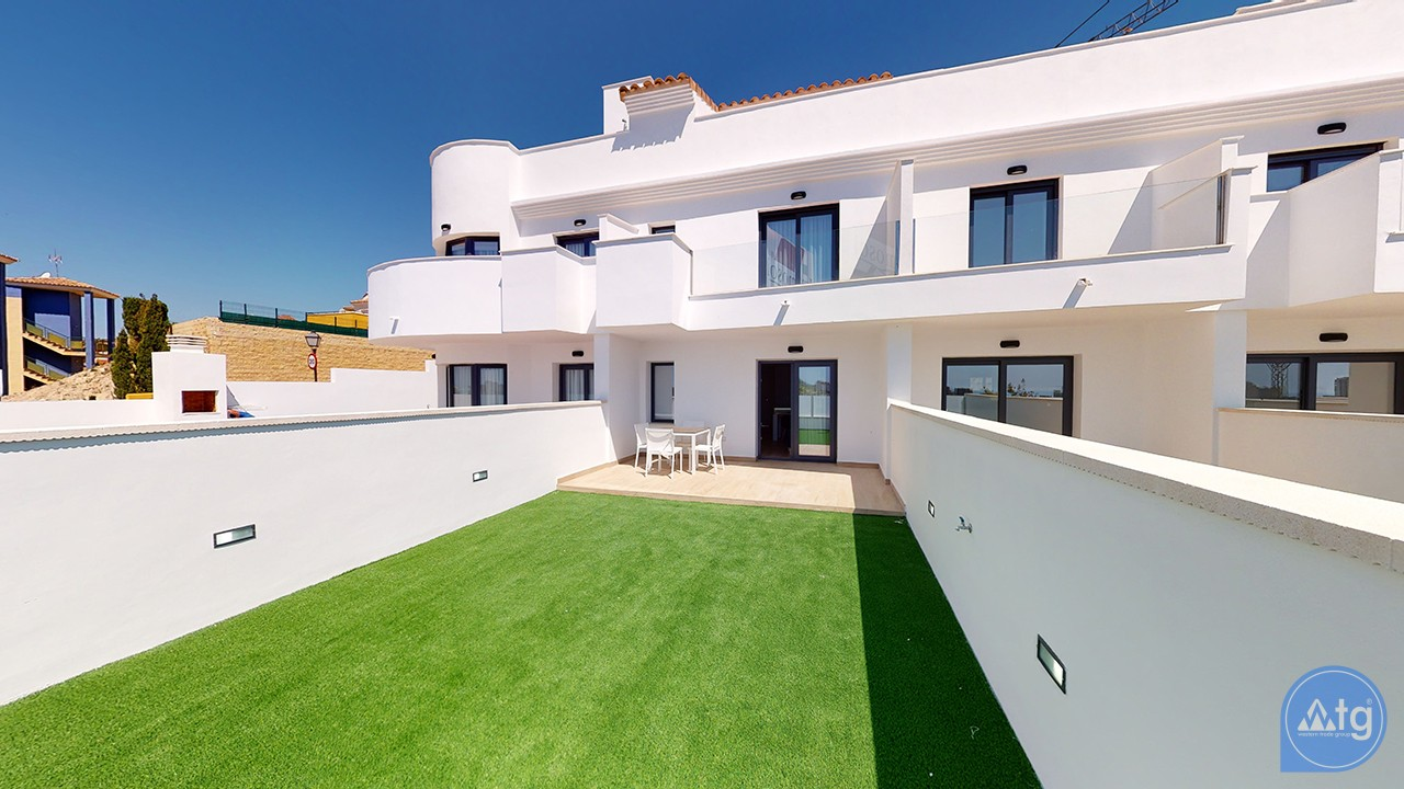 4 bedroom Apartment in Torrevieja - AG4280 - 1
