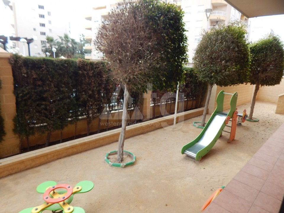 3 bedroom Apartment in Torrevieja  - AG9178 - 11