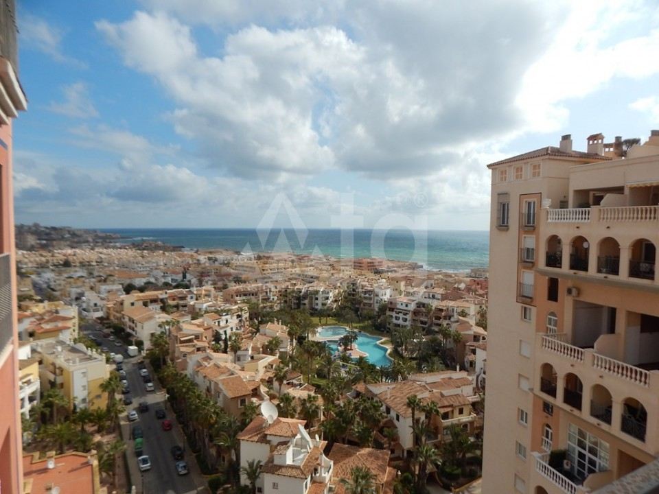 3 bedroom Apartment in Torrevieja  - AG9178 - 12