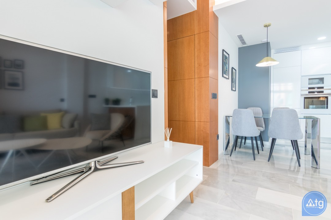3 bedroom Apartment in Torrevieja  - AG9557 - 5