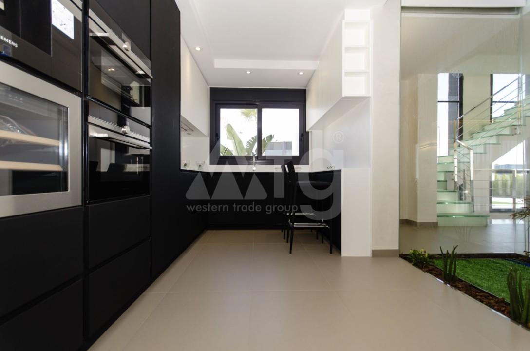 2 bedroom Apartment in Torrevieja  - TR7295 - 8