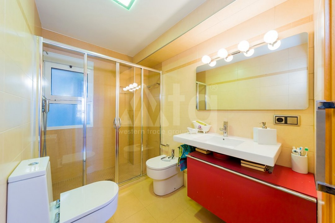3 bedroom Apartment in Torrevieja  - AG4295 - 14