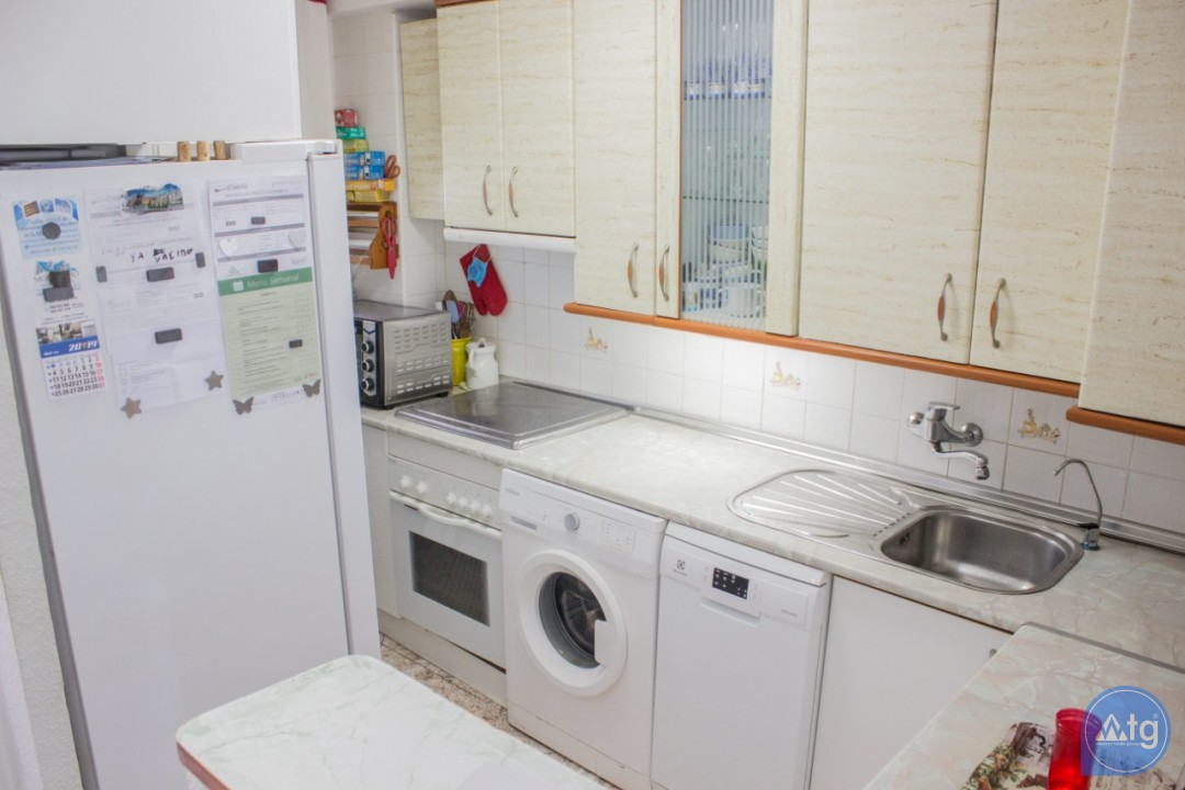 2 bedroom Apartment in Torrevieja  - W8662 - 15
