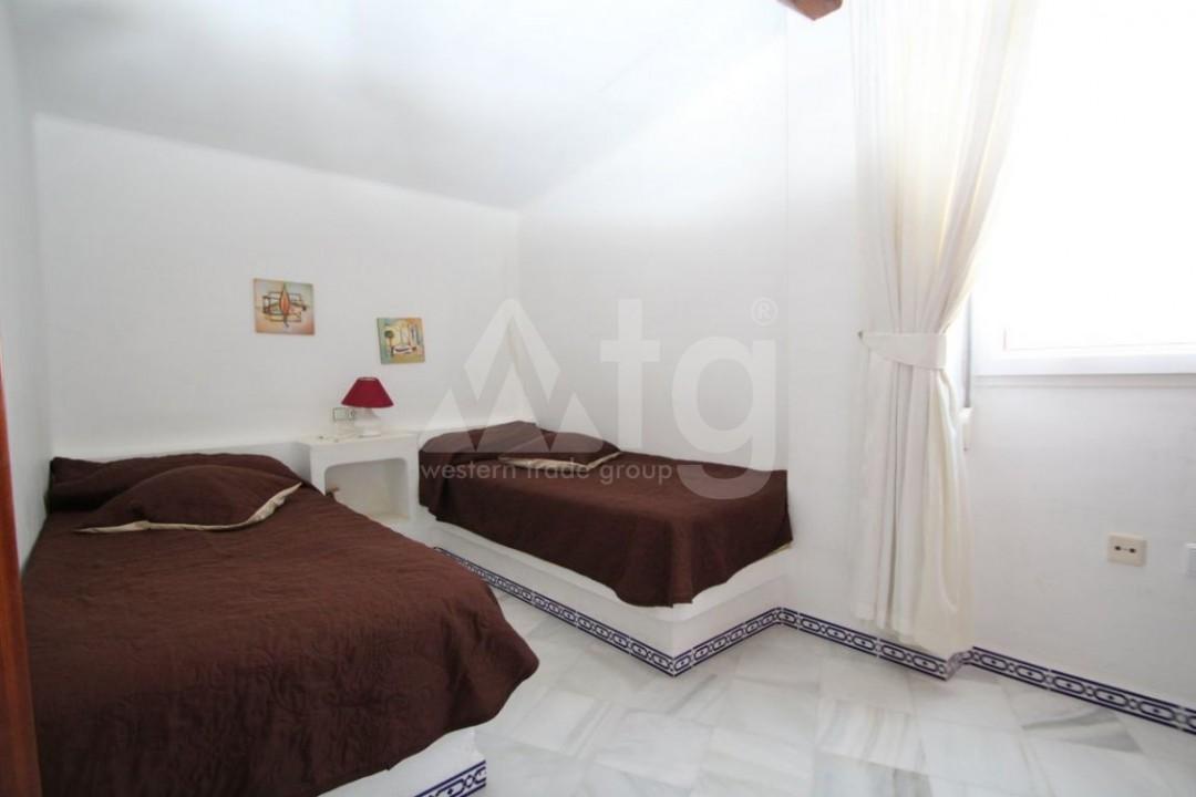 2 bedroom Apartment in Torrevieja  - W8662 - 7