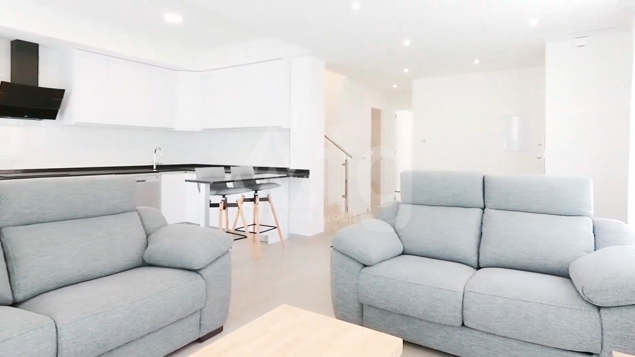 4 bedroom Apartment in Torrevieja  - AG4244 - 12