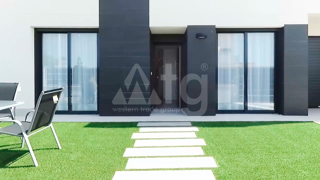 4 bedroom Apartment in Torrevieja  - AG4244 - 4