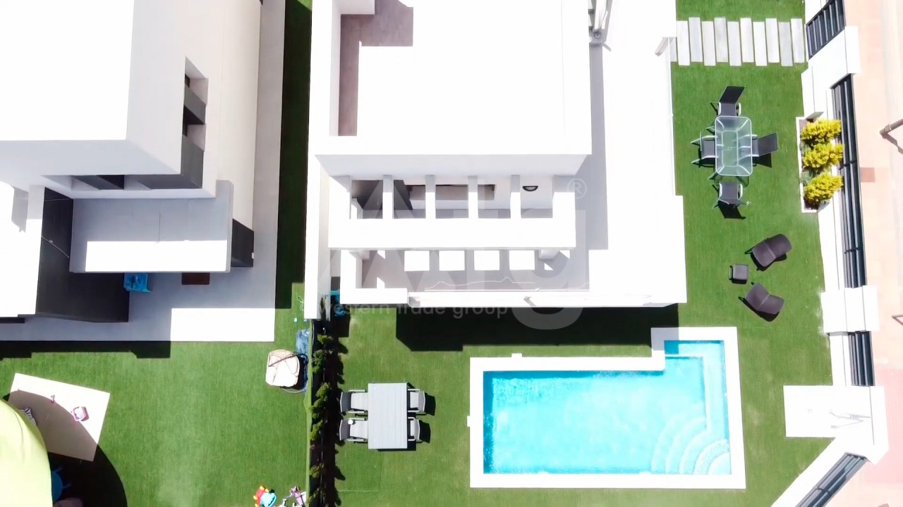 4 bedroom Apartment in Torrevieja  - AG4244 - 5