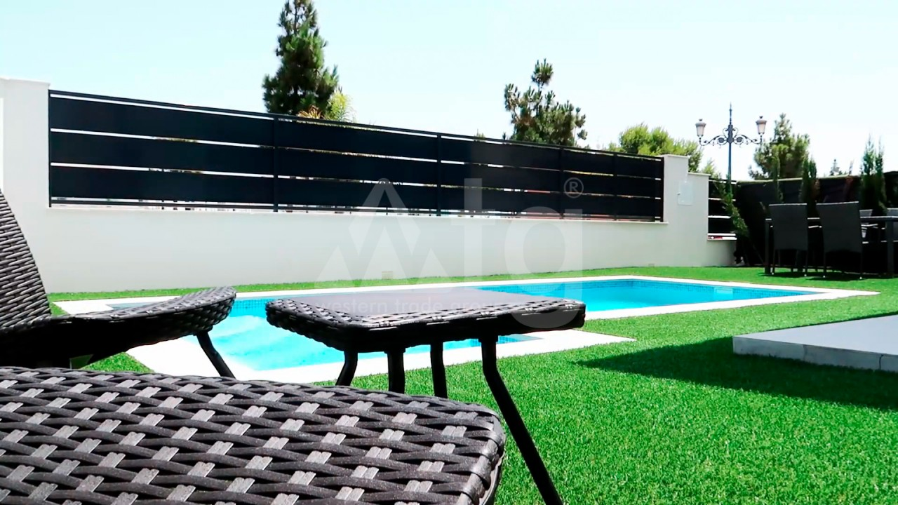 4 bedroom Apartment in Torrevieja  - AG4244 - 6
