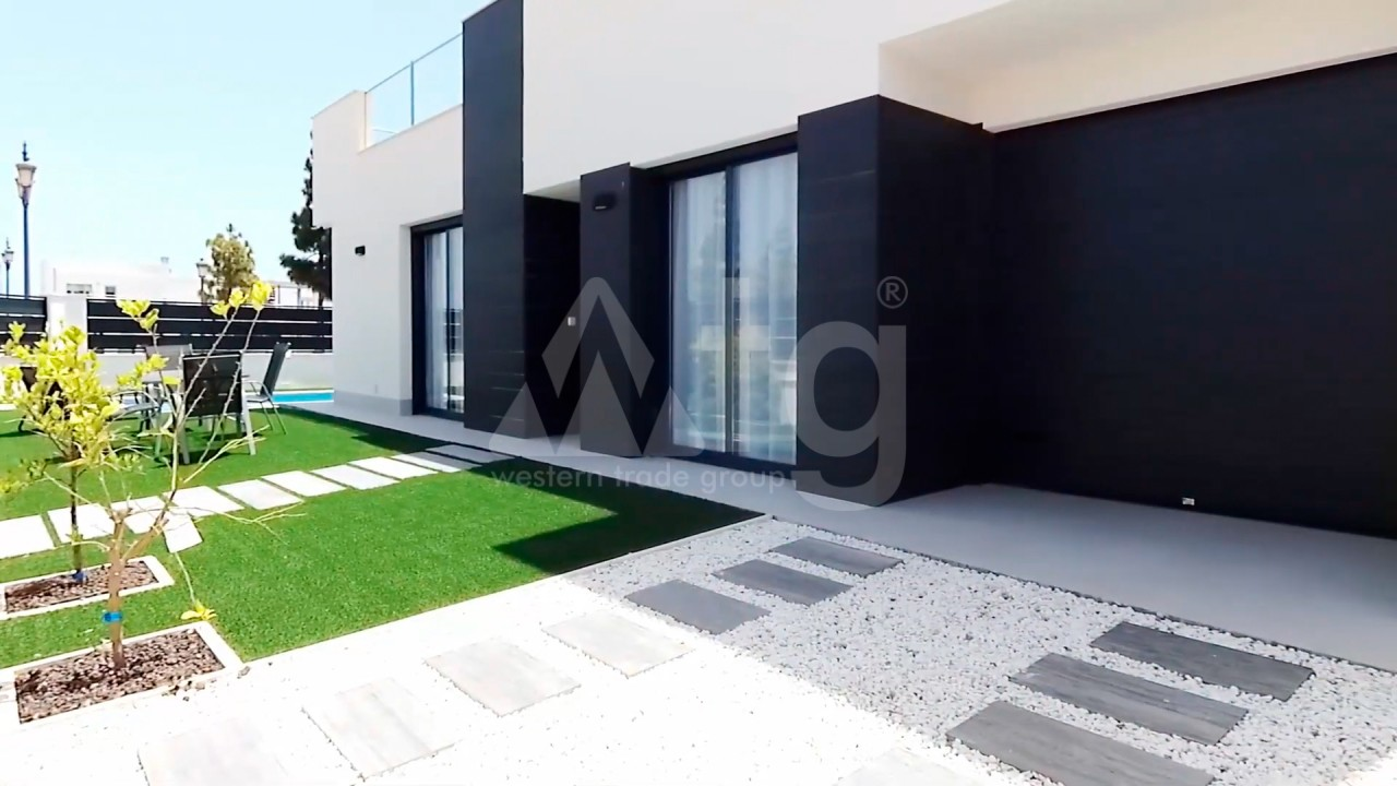 4 bedroom Apartment in Torrevieja  - AG4244 - 7