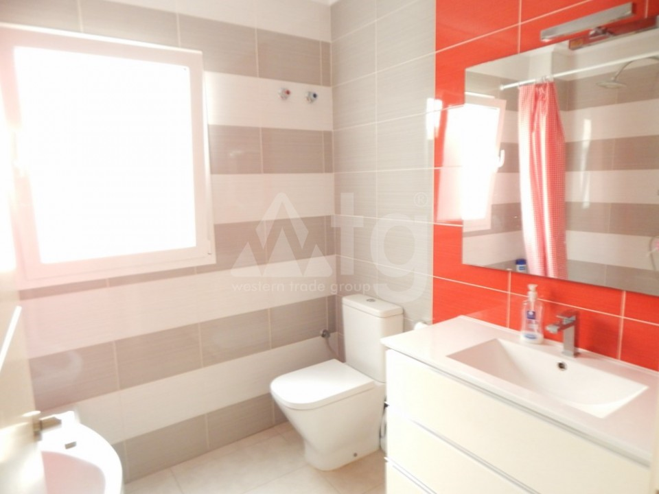 3 bedroom Apartment in Torrevieja  - AG9409 - 14