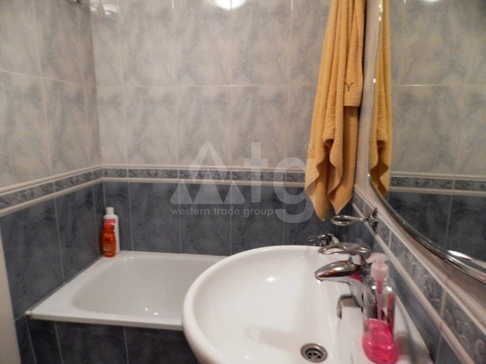3 bedroom Apartment in Torrevieja - AG9542 - 12
