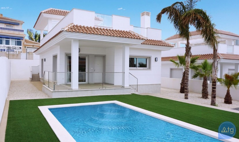 3 bedroom Apartment in Torrevieja - ARCR0486 - 1