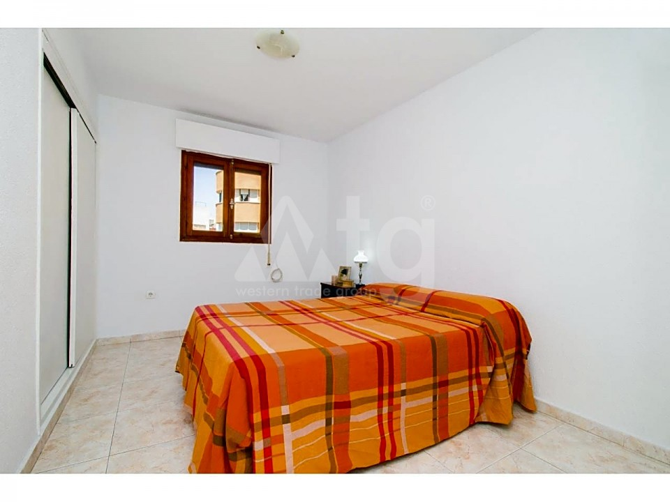 3 bedroom Apartment in Torrevieja - ARCR0486 - 15