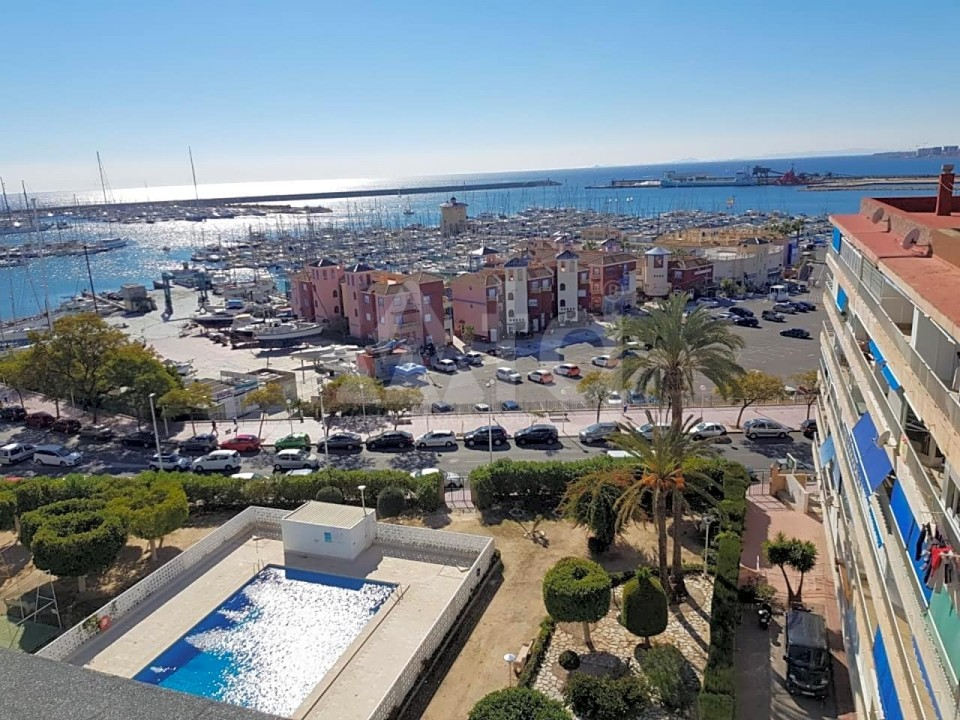 3 bedroom Apartment in Torrevieja - ARCR0486 - 18