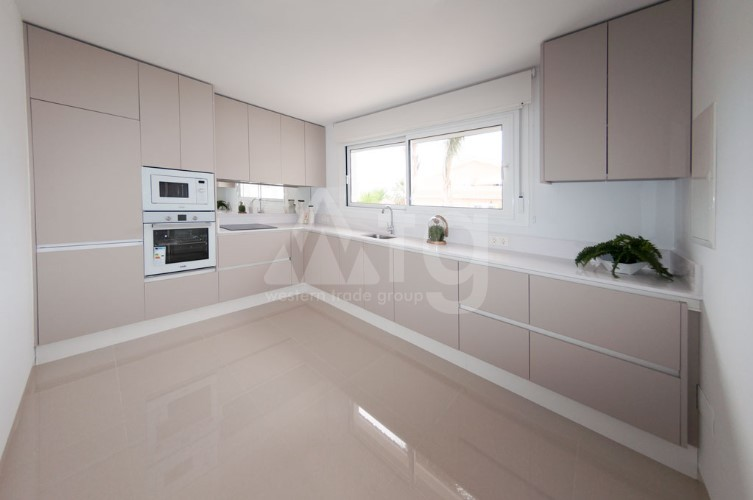 3 bedroom Apartment in Torrevieja - ARCR0486 - 4