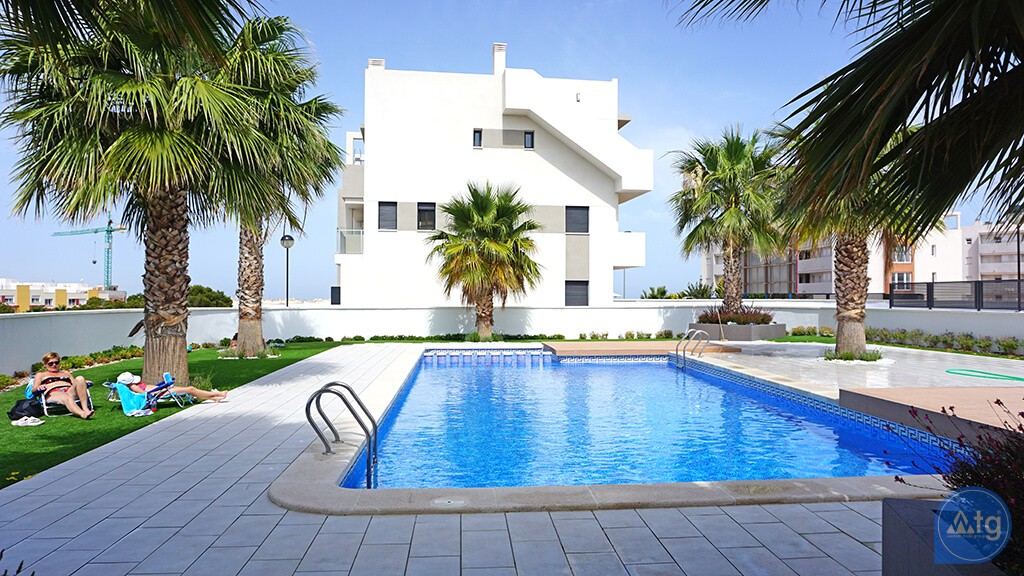 3 bedroom Apartment in Torrevieja  - ARCR0487 - 1