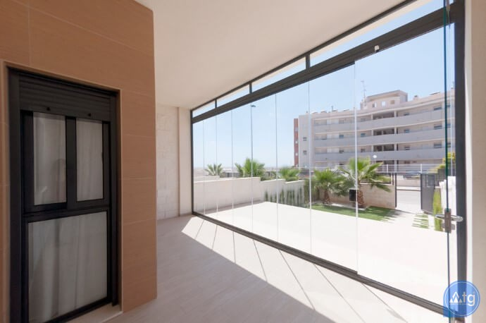 3 bedroom Apartment in Torrevieja  - ARCR0487 - 11