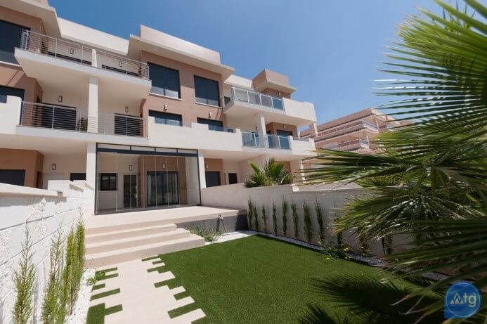3 bedroom Apartment in Torrevieja  - ARCR0487 - 13