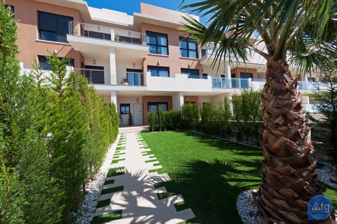 3 bedroom Apartment in Torrevieja  - ARCR0487 - 14