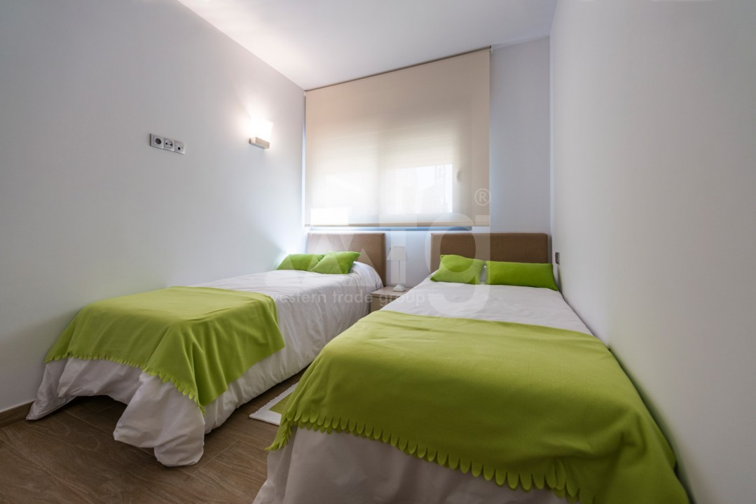 2 bedroom Apartment in Torrevieja  - IR114380 - 6