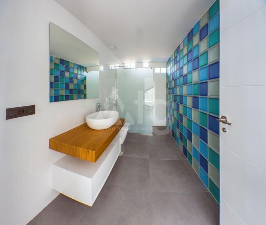 2 bedroom Apartment in Torrevieja  - W8663 - 11