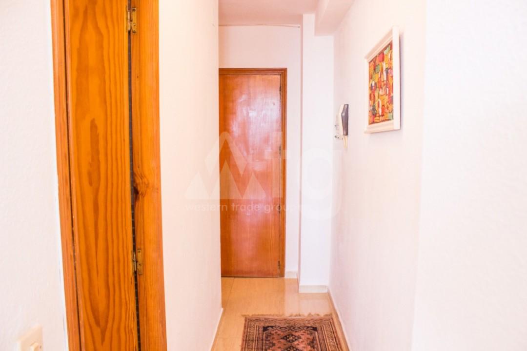 2 bedroom Apartment in Torrevieja  - W8663 - 18