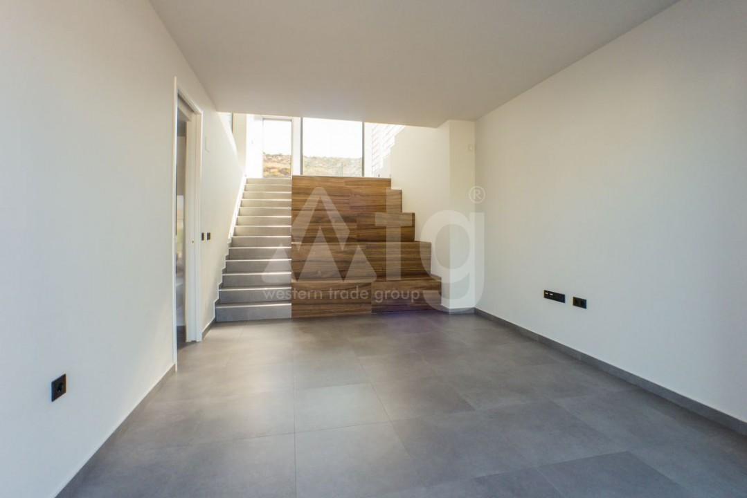 2 bedroom Apartment in Torrevieja  - W8663 - 5