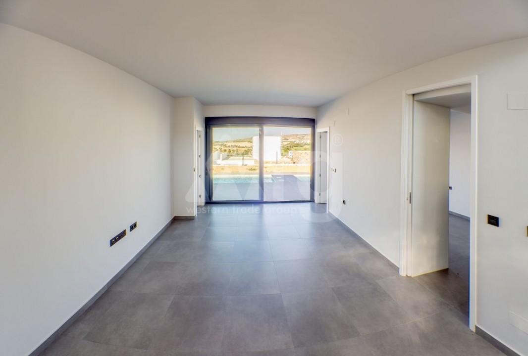 2 bedroom Apartment in Torrevieja  - W8663 - 6