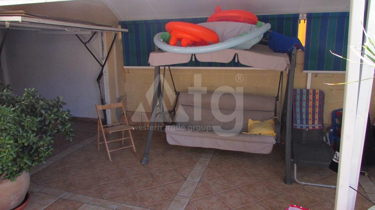 4 bedroom Villa in Torrevieja  - AG7059 - 11