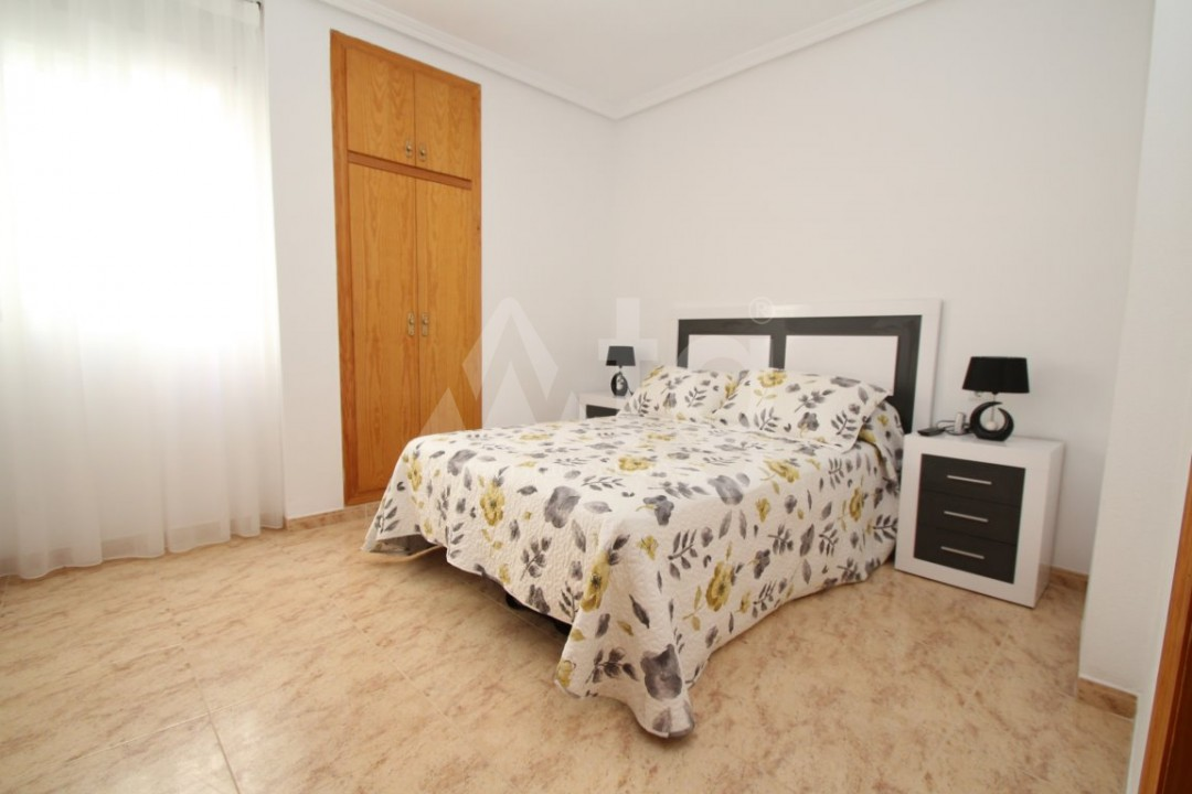 3 bedroom Apartment in Torrevieja  - AG4133 - 10