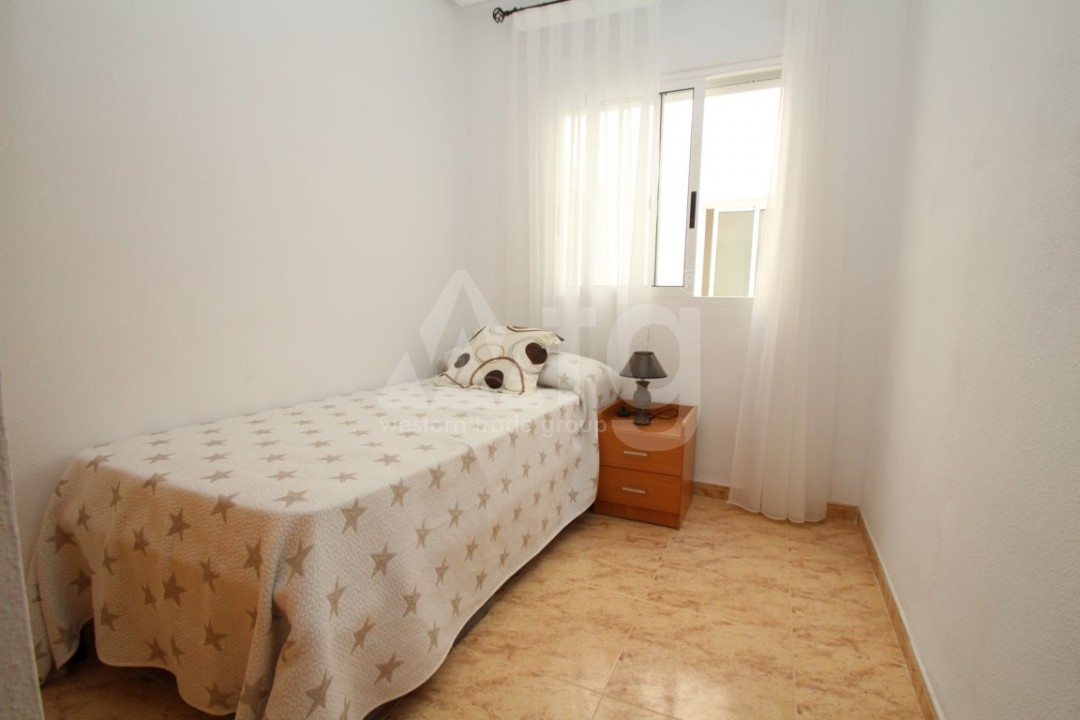 3 bedroom Apartment in Torrevieja  - AG4133 - 12