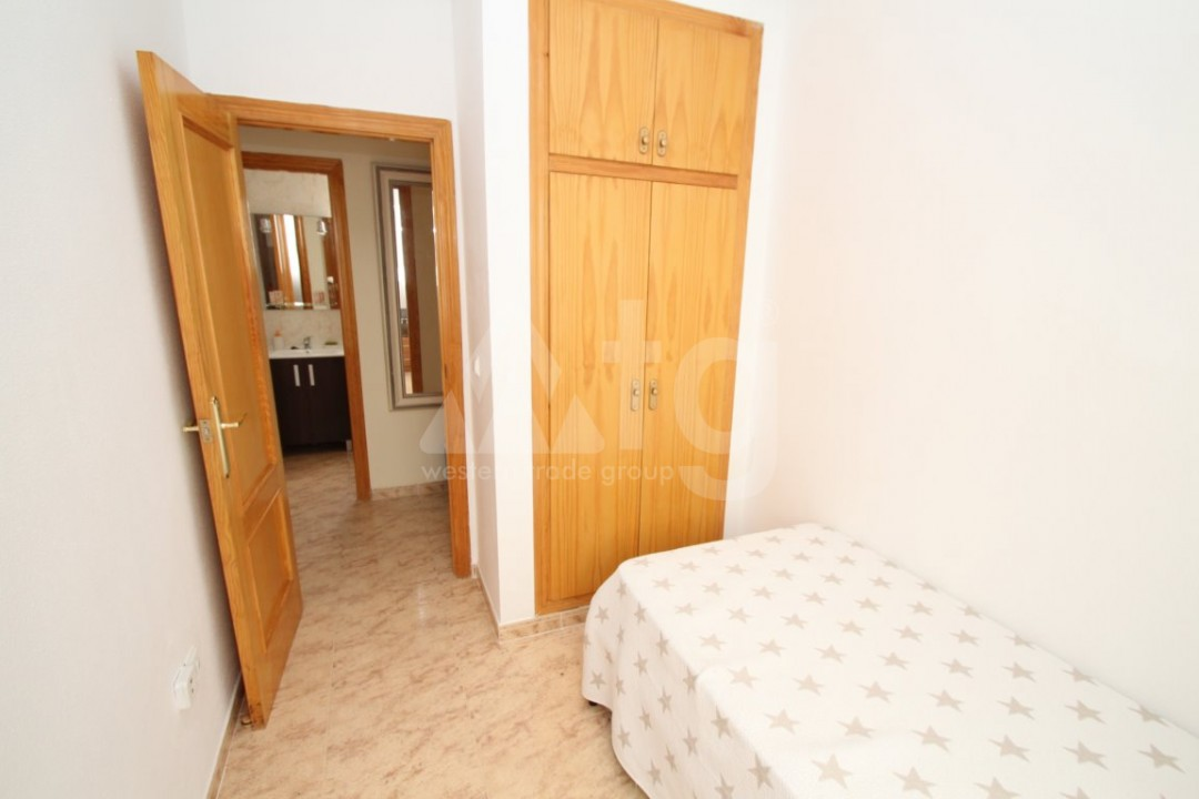 3 bedroom Apartment in Torrevieja  - AG4133 - 14