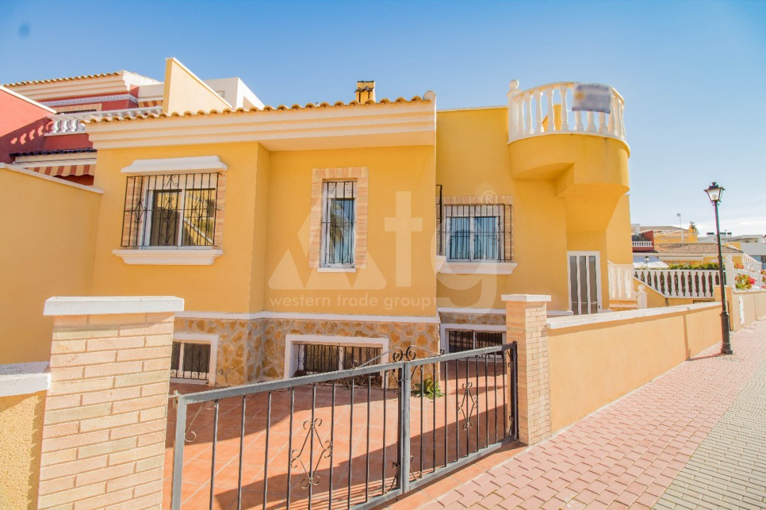 2 bedroom Penthouse in Torrevieja - AGI6069 - 1