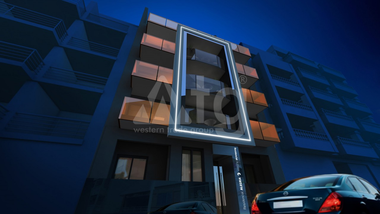 2 bedroom Penthouse in Torrevieja  - AG117451 - 3