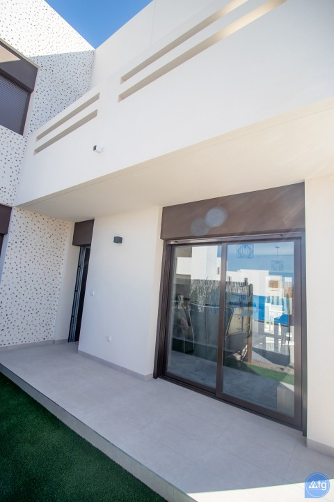 3 bedroom Penthouse in Torrevieja  - AG2607 - 11
