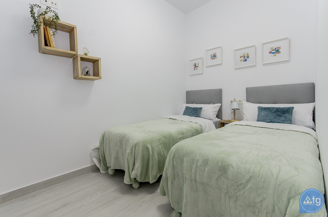 2 bedroom Penthouse in Torrevieja  - AGI115503 - 14