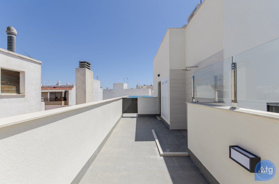 2 bedroom Penthouse in Torrevieja  - AGI115503 - 21