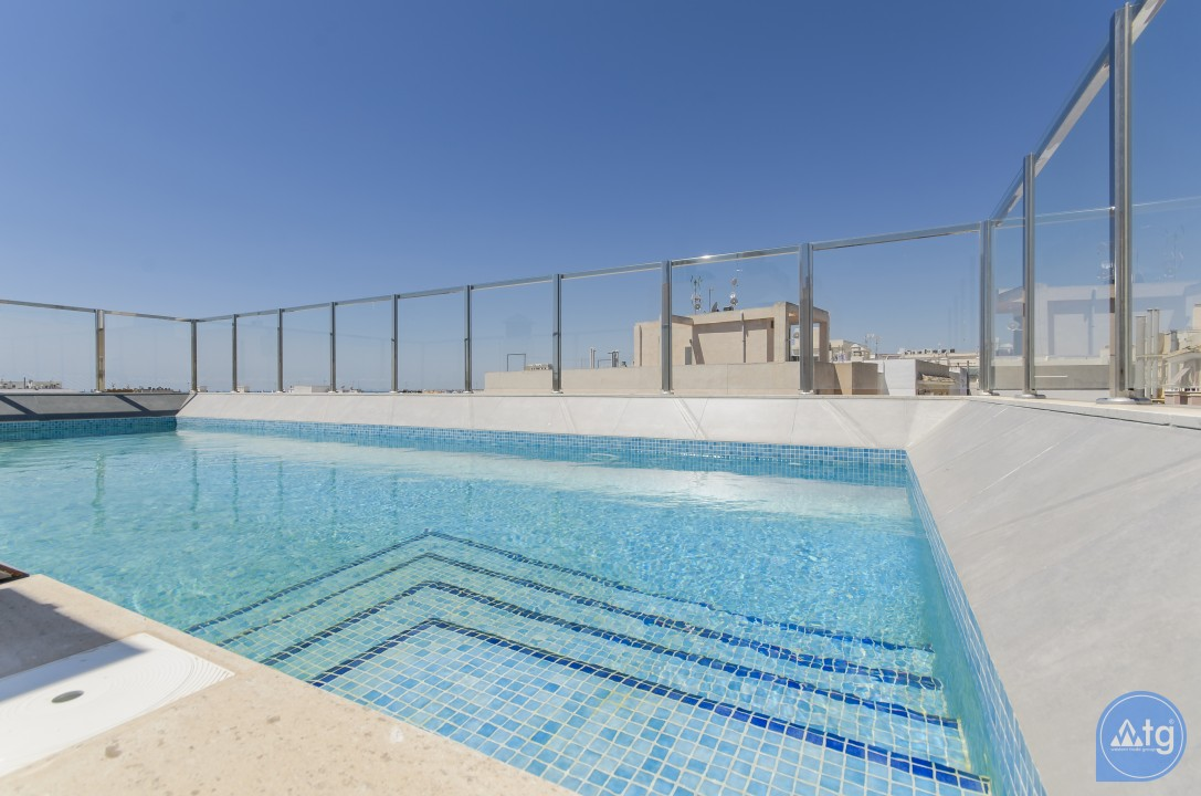 2 bedroom Penthouse in Torrevieja  - AGI115503 - 22